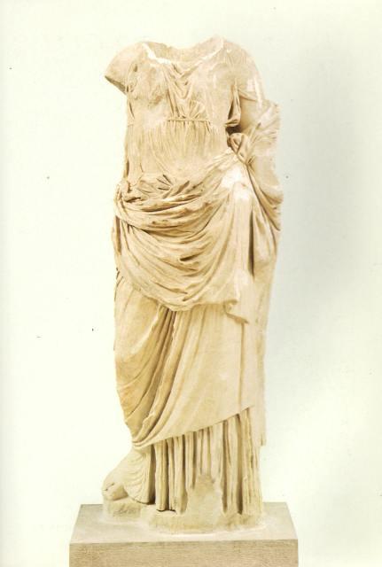 Γυναικείος ελληνιστικός κορμός