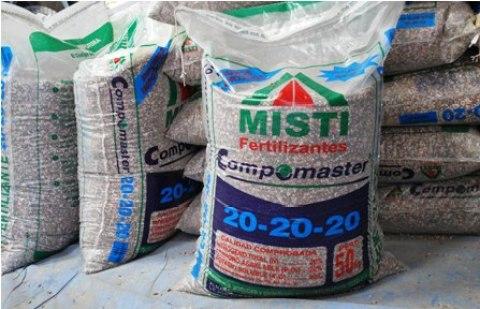 Distribuyen-12-millones-de-kilos-de-fertilizantes