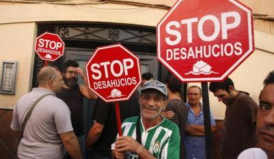 Paralizan por segunda vez este año un desahucio en Almería