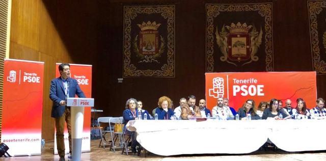 Pedro Martín, secretario general del PSOE en Tenerife, en la reunión de este viernes en La Orotava