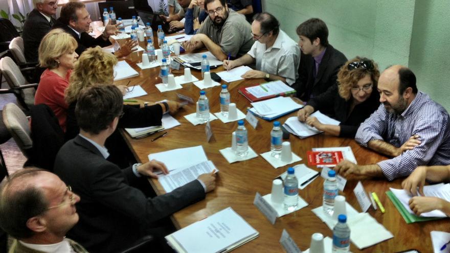 Diputados alemanes visitan a colectivos del 15M en Madrid (cc Juan Luis Sánchez)