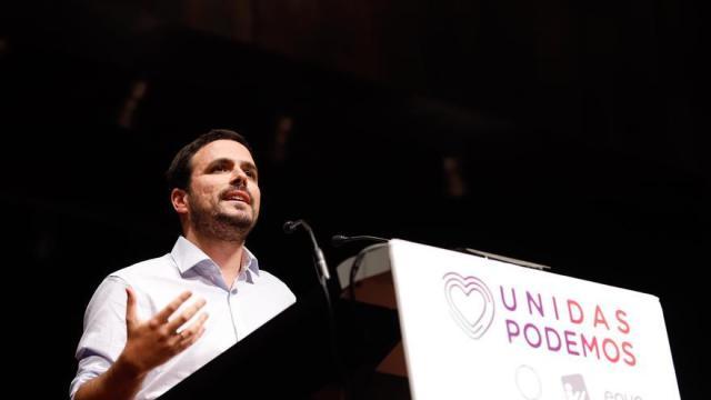 Garzón (IU) acusa a la derecha venezolana de llamar a los militares «a combatir a su propio pueblo»