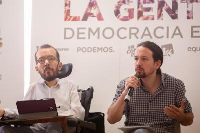 """Iglesias avisa de que """"ni el Gobierno ni la mayoría parlamentaria"""" pueden consentir el """"boicot institucional"""" del PP"""