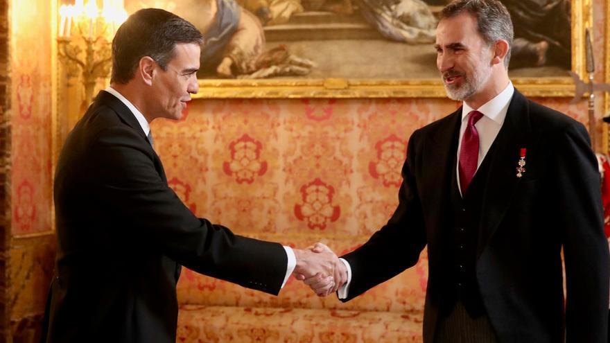 El Rey inicia con el PRC la ronda de consultas para la investidura, que cerrará el jueves con Sánchez