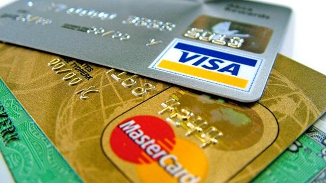 Sube la renovación anual de las tarjetas de crédito