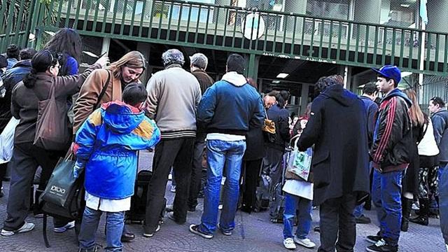 Marcharán a la Jefatura porteña los padres de alumnos sin vacantes de la Ciudad