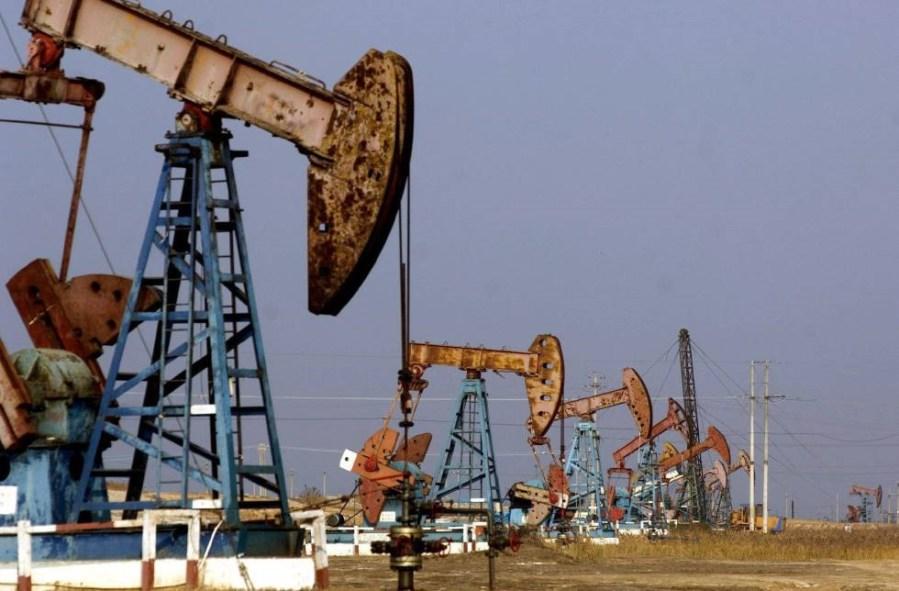 campo de petróleo en texas