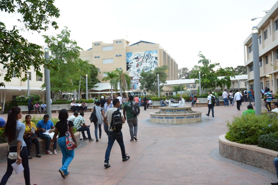 Estudiantes universitario