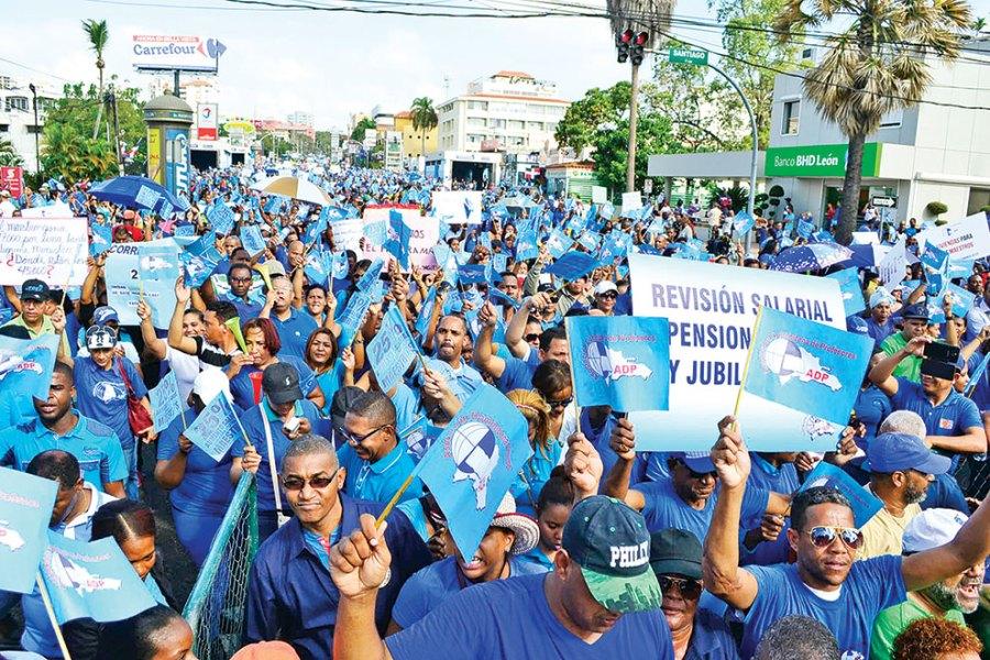maestros protesta aumento salarios