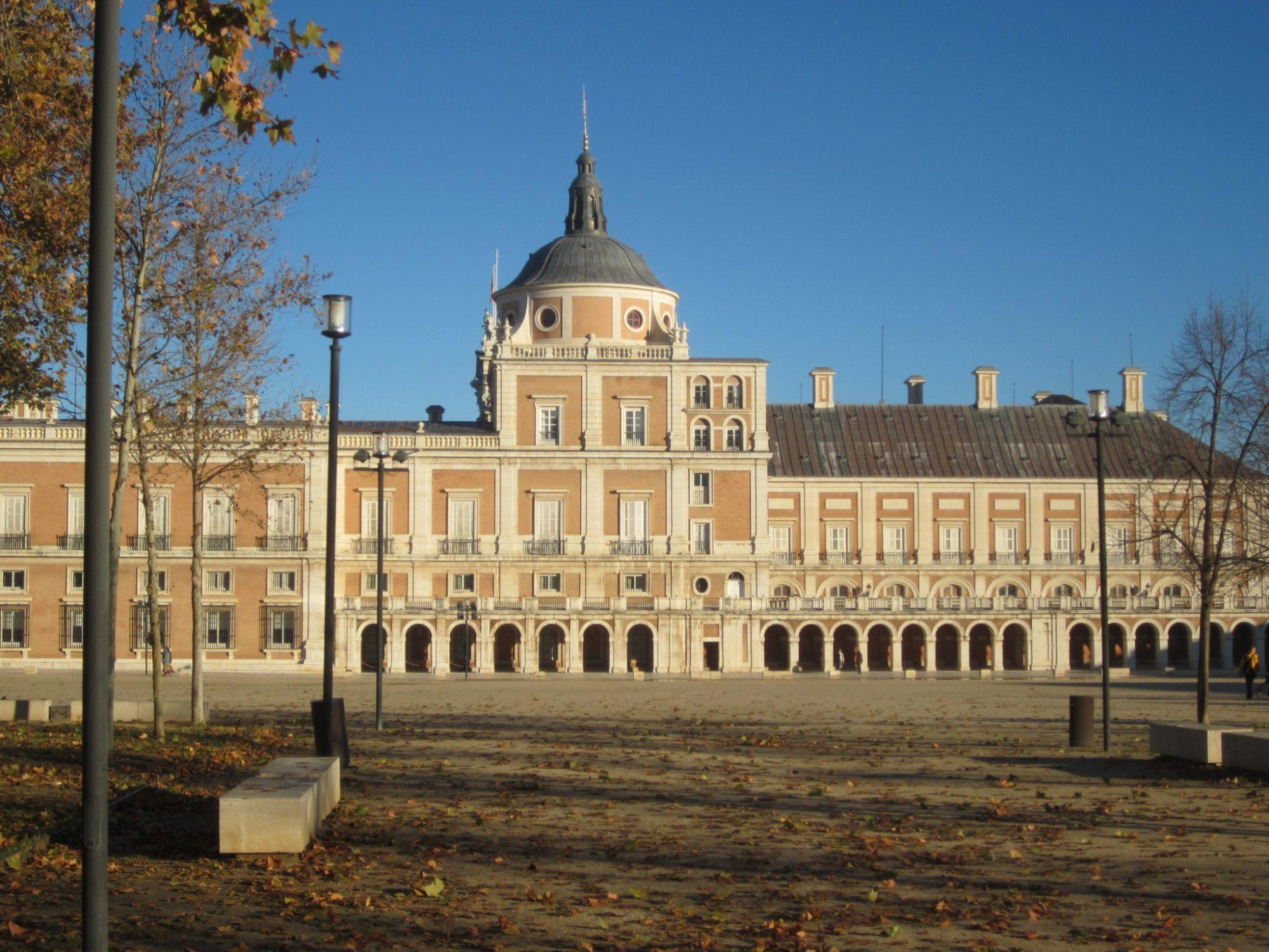 plaza de parejas palacio real de aranjuez