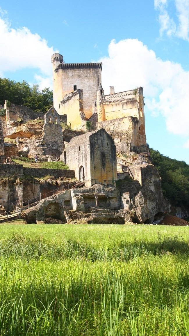 Visitar el Chateau de Commarque en el Perigord Noir