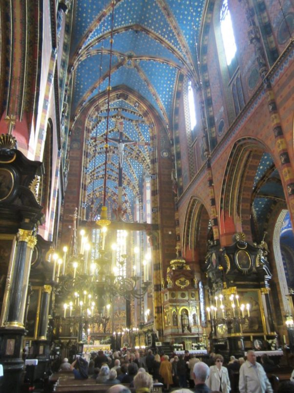 Interior Basilica de Santa Maria, Cracovia
