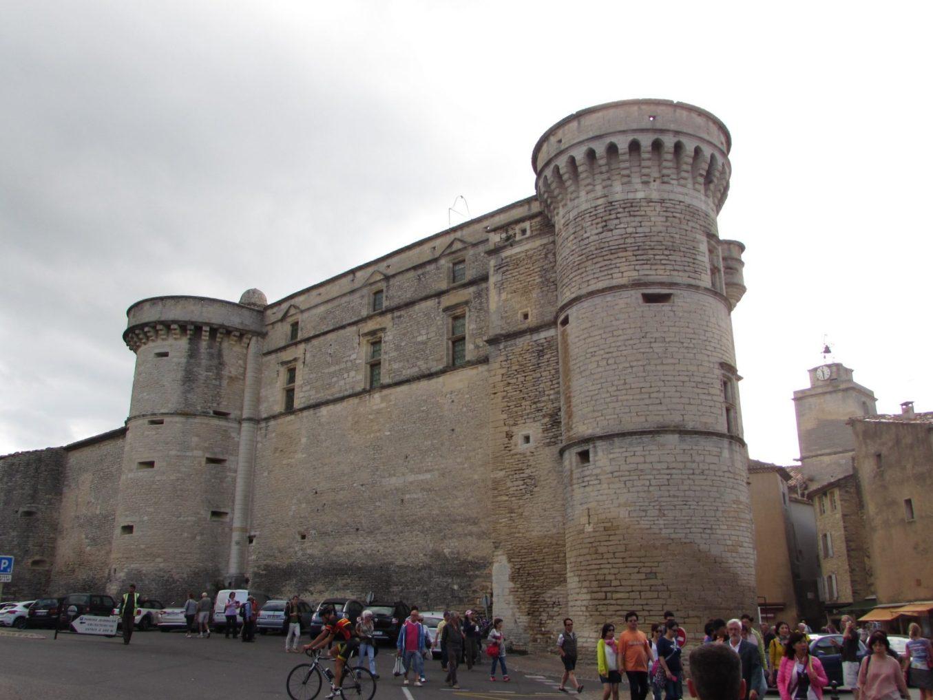 castillo de gordes provence