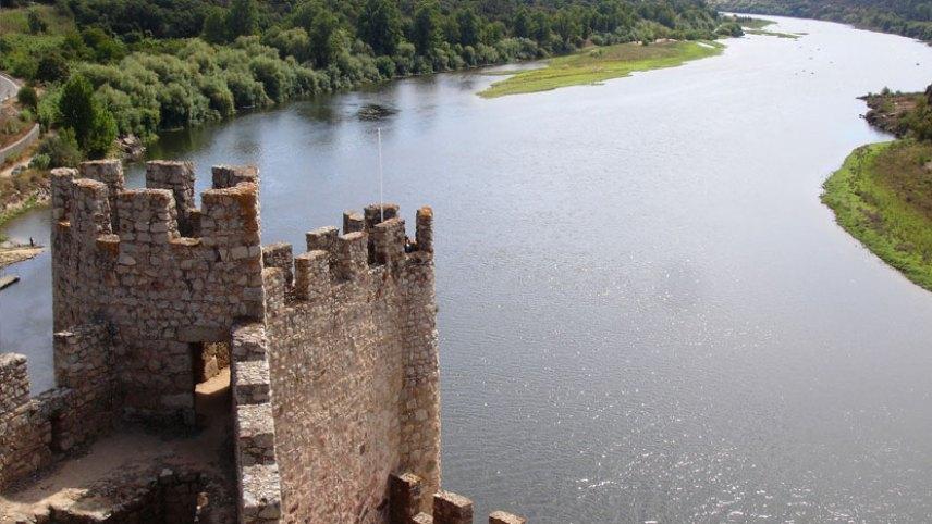 castillo de almourol vistas