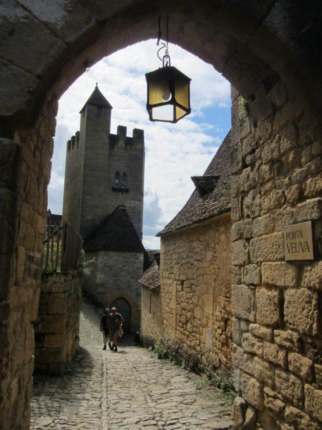 Calle medieval de Beynac et Cazenac