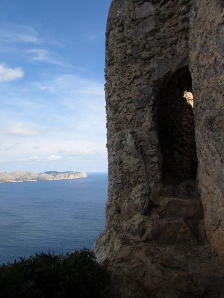 Entrada a la zona fortificada
