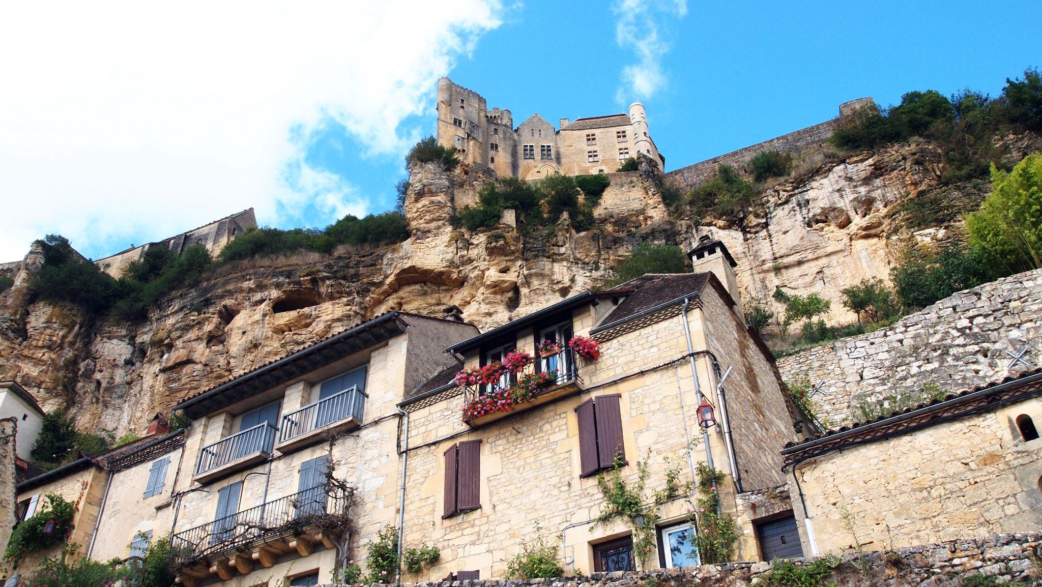 pueblos bonitos francia beynac et cazenac