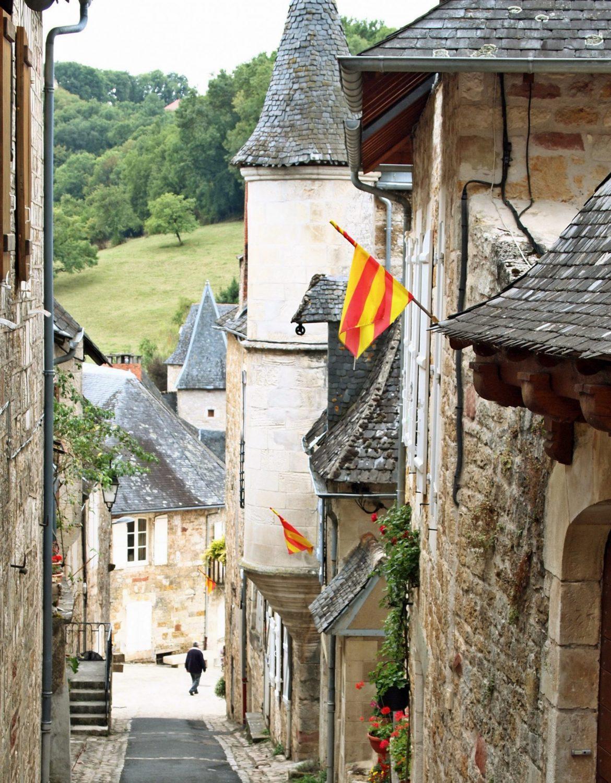pueblos bonitos francia turenne