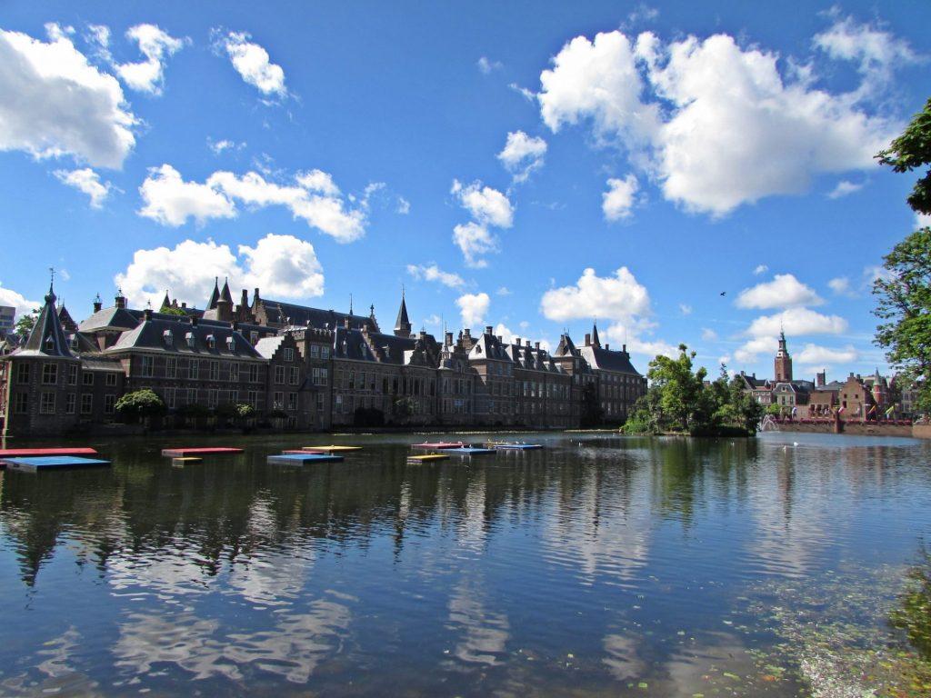 Binnenhof desde el Hofvijver - La Haya