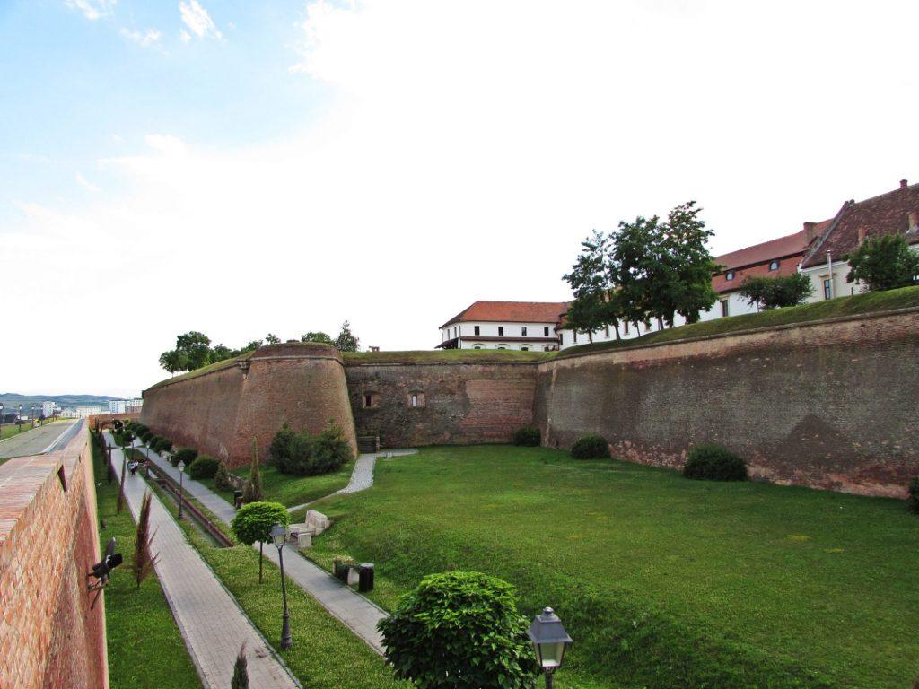alba iulia rumania murallas