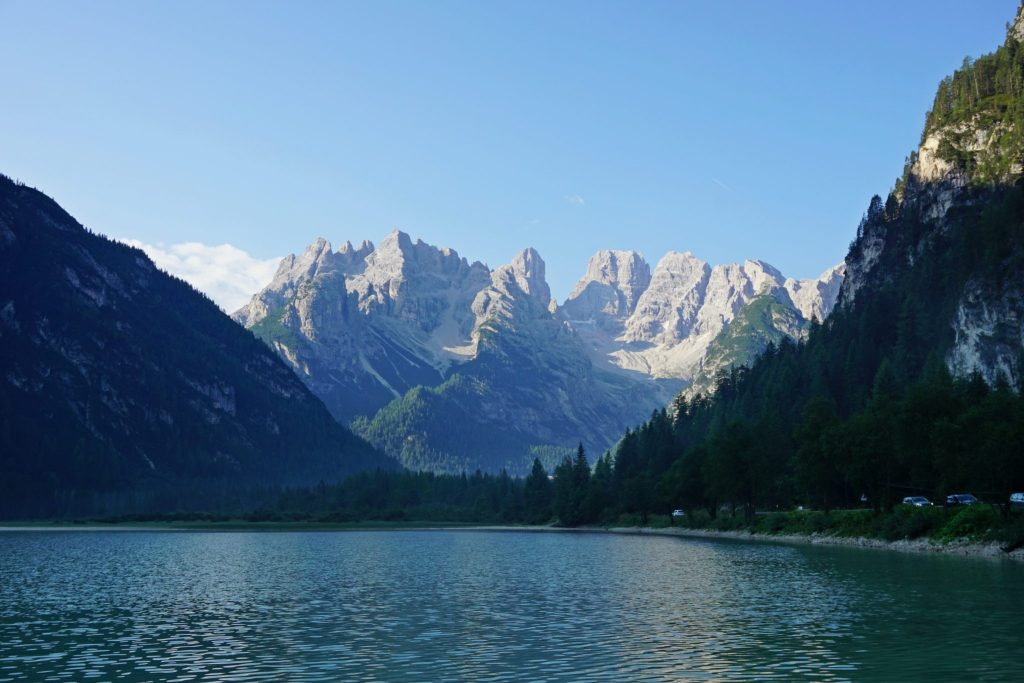 Vistas matutinas del Lago di Landro