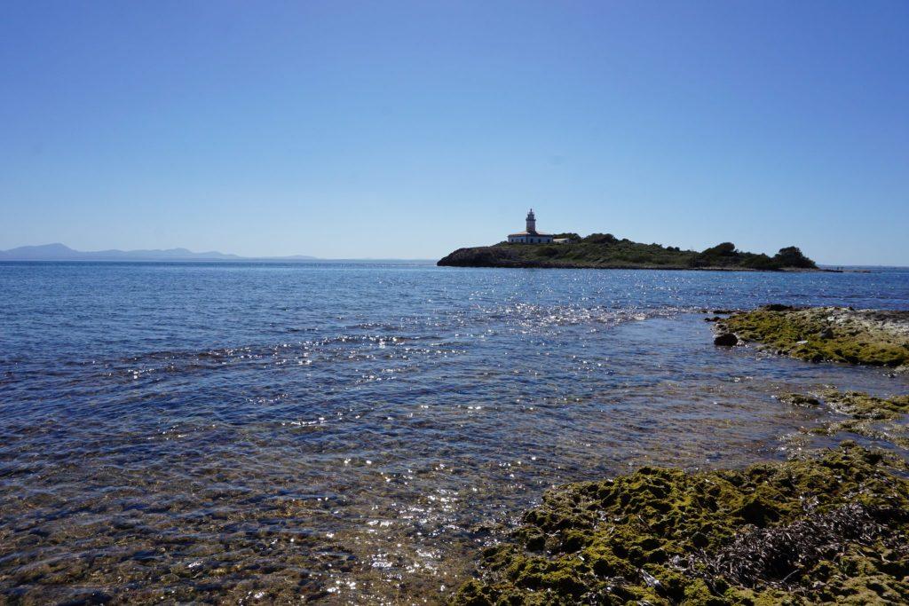 Vistas a la isla de Alcanada