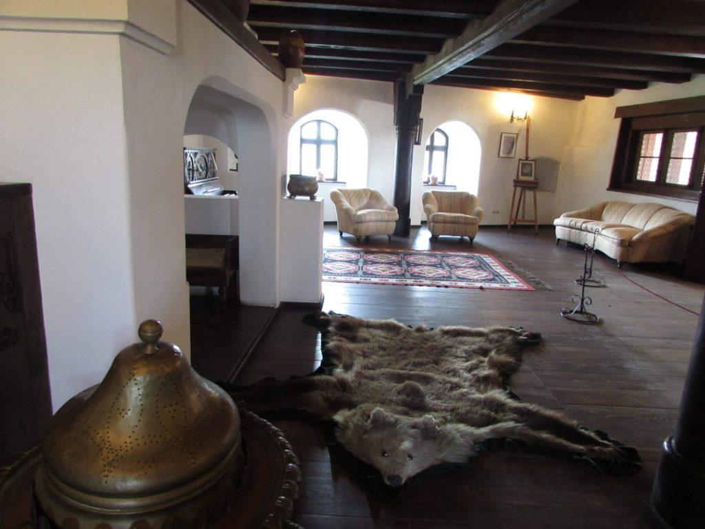 Interior del Castillo de Dracula en Bran, Transilvania