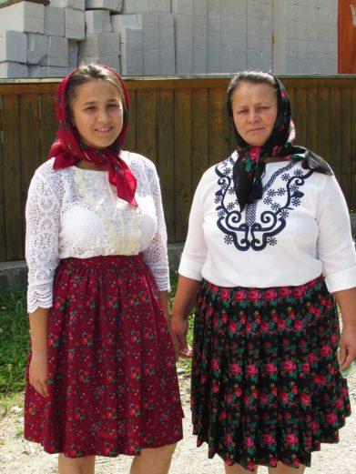 Vestimenta tradicional Maramures, Rumania