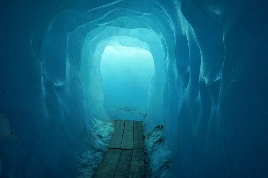 El color azul de la Eisgrotte es mágico