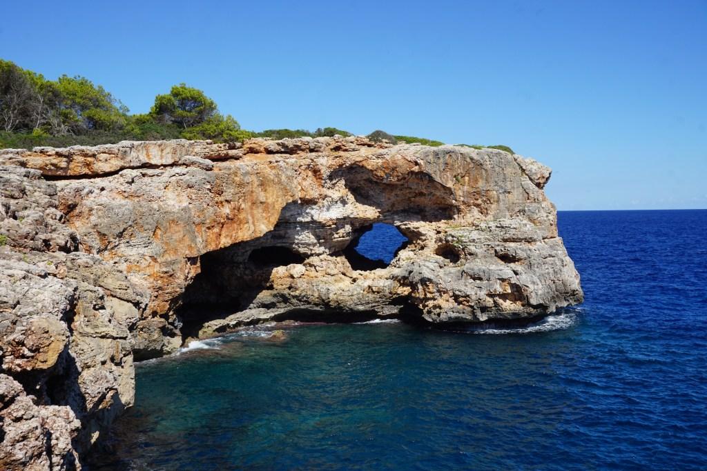 Forat d'en Mengo - Monumentos naturales de Mallorca