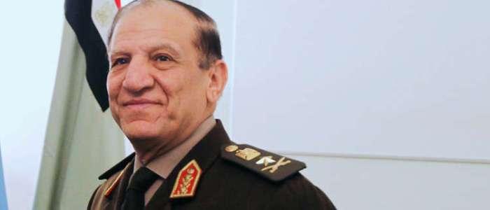 سامي عنان رئيس الأركان المصري السابق في حالة حرجة بالمستشفى
