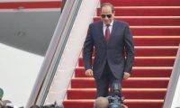 السيسى يصل موسكو فى زيارة رسمية للقاء بوتين وكبار المسئولين