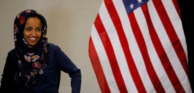 """ترامب ينتقد """"إلهان عمر"""" بسبب تصريحات اعتُبرت """"معادية للسامية"""""""