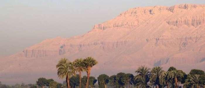 شركة رحلات روسية تبيع رحلات لمصر عبر شركة إسرائيلية