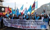 الجارديان: معسكرات الإيجور عار علي الصين والدول الإسلامية