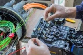 fusion splicing of optical fiber cable