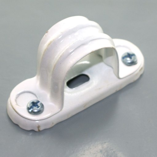 White Steel Spacer Bar Saddle for 25mm Conduit