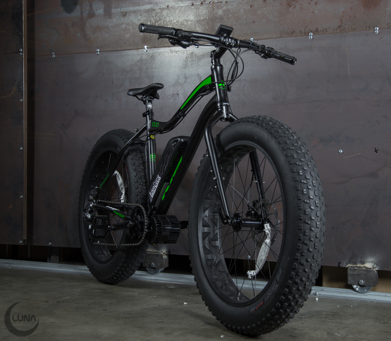 Bmss What The Hell Do They Above Is Circuit Board Which Attaches To Your Spokes Below A Luna Cycles Announces Black