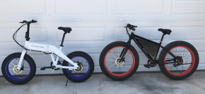 Here is one of the Fold prototypes next to the original Sondors fatbikes.