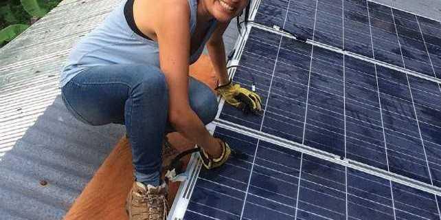 energía solar mujeres