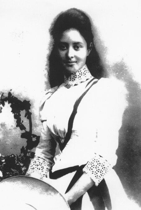 https://i2.wp.com/www.electricscotland.com/history/women/images/k9.jpg