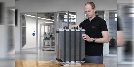 Bosch: Erste Brennstoffzellen-Kunden für Lkw und Pkw