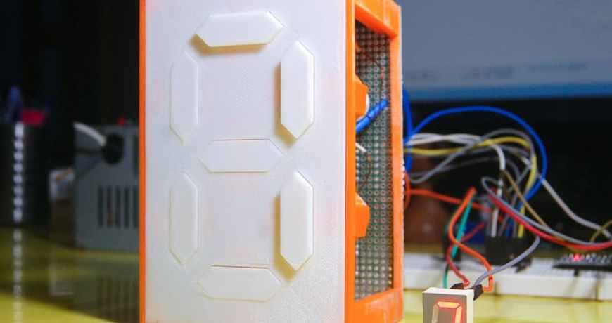pantalla mecanica de 7 segmentos realizada con electroimanes 5f1789adbd10e - Electrogeek
