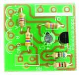 Foto 5. La ralla del condensador coincide con el terminal (-)
