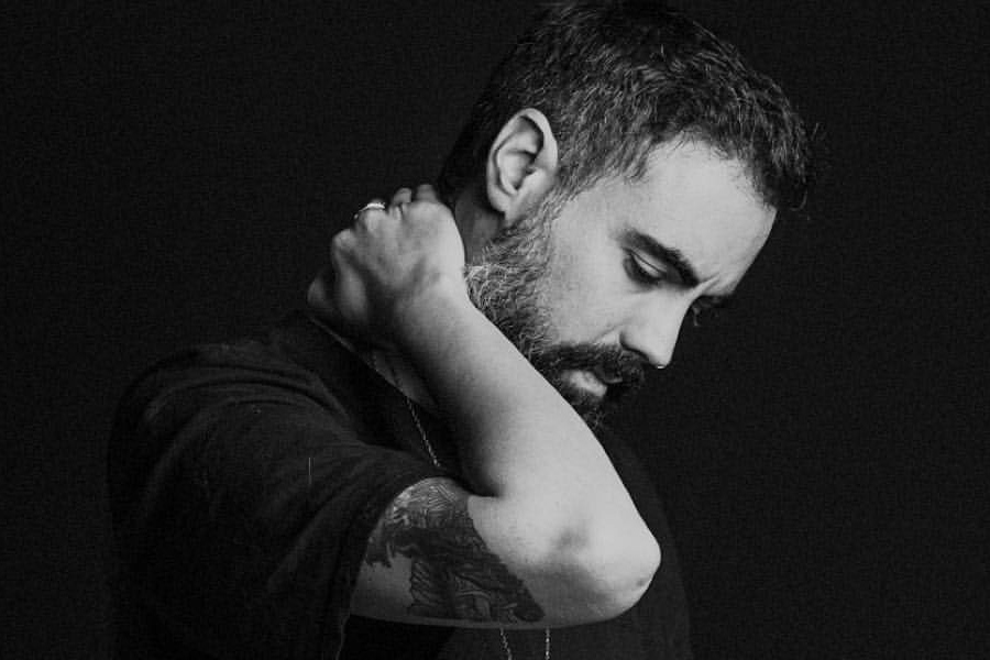 Henry Saiz. 10 Songs In 10 Inspirational Places