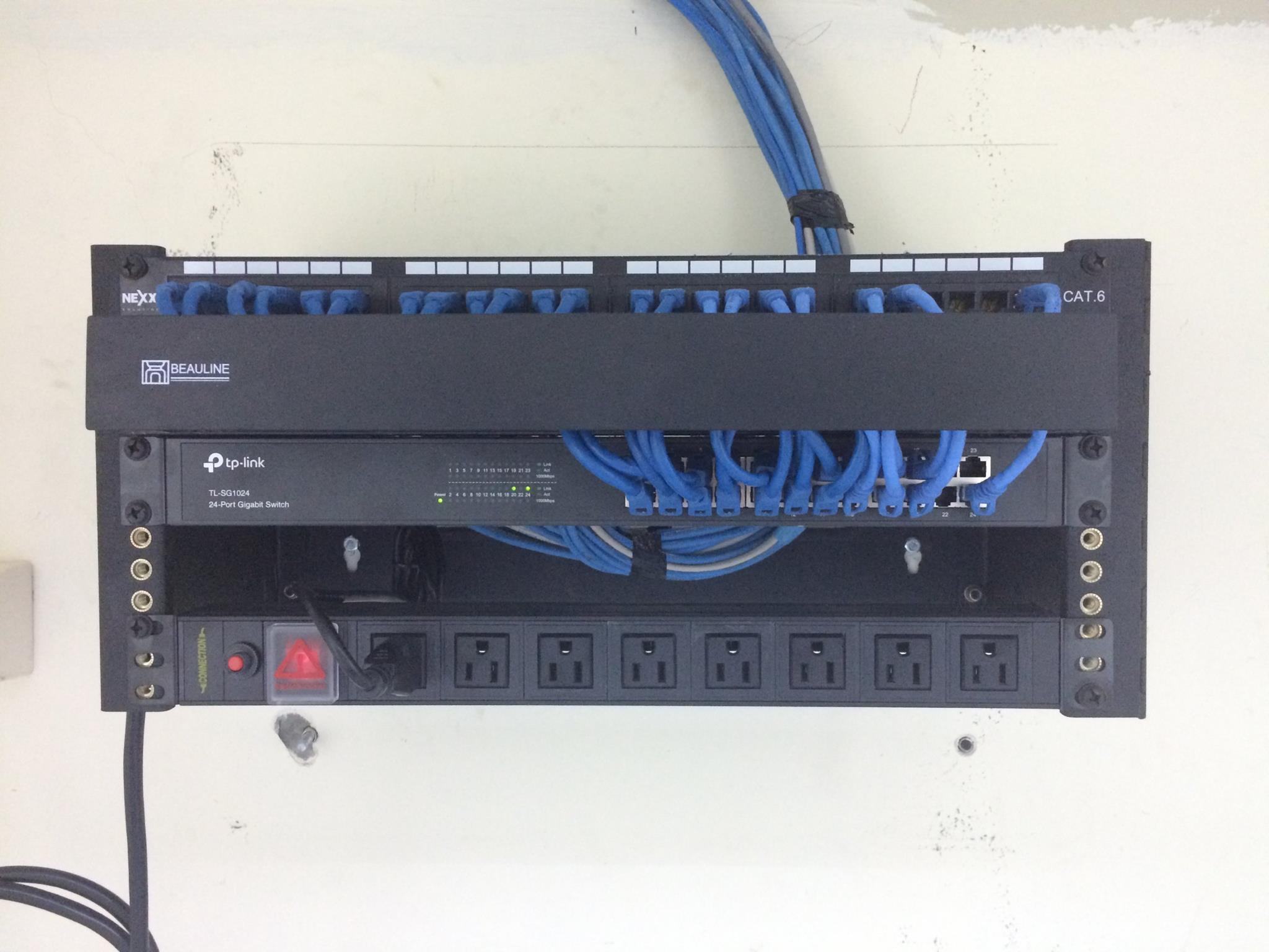 Soporte aéreo de 5 UR para cableado estructurado de redes LAN
