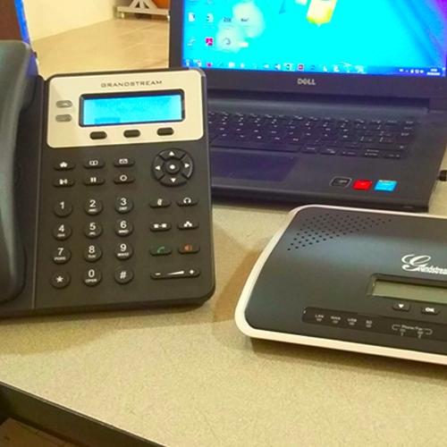 Configuración de teléfono y central telefónica IP