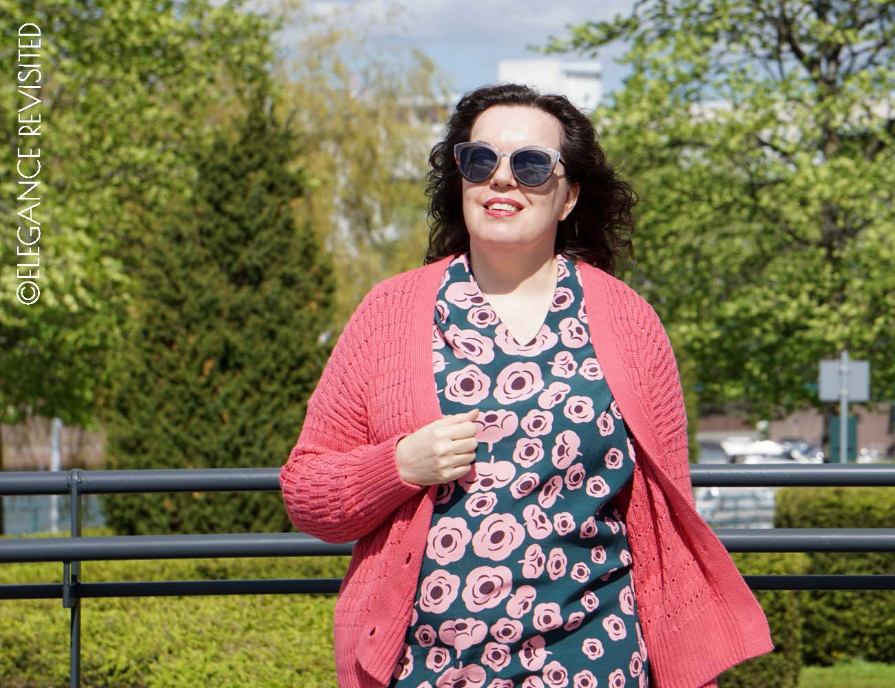 how to wear florals over 50