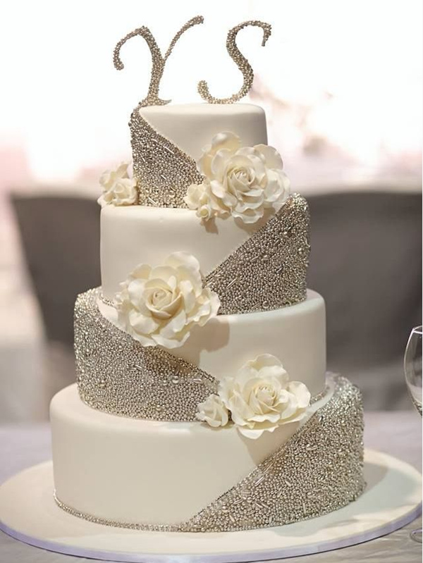 25 Fabulous Wedding Cake Ideas With Pearls     Elegantweddinginvites     Elaborate Wedding Cakes with Exquisite Sugar Flower Details