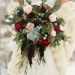 20 Chic Wedding Bouquets Ideas For Winter Brides Elegantweddinginvites Com Blog